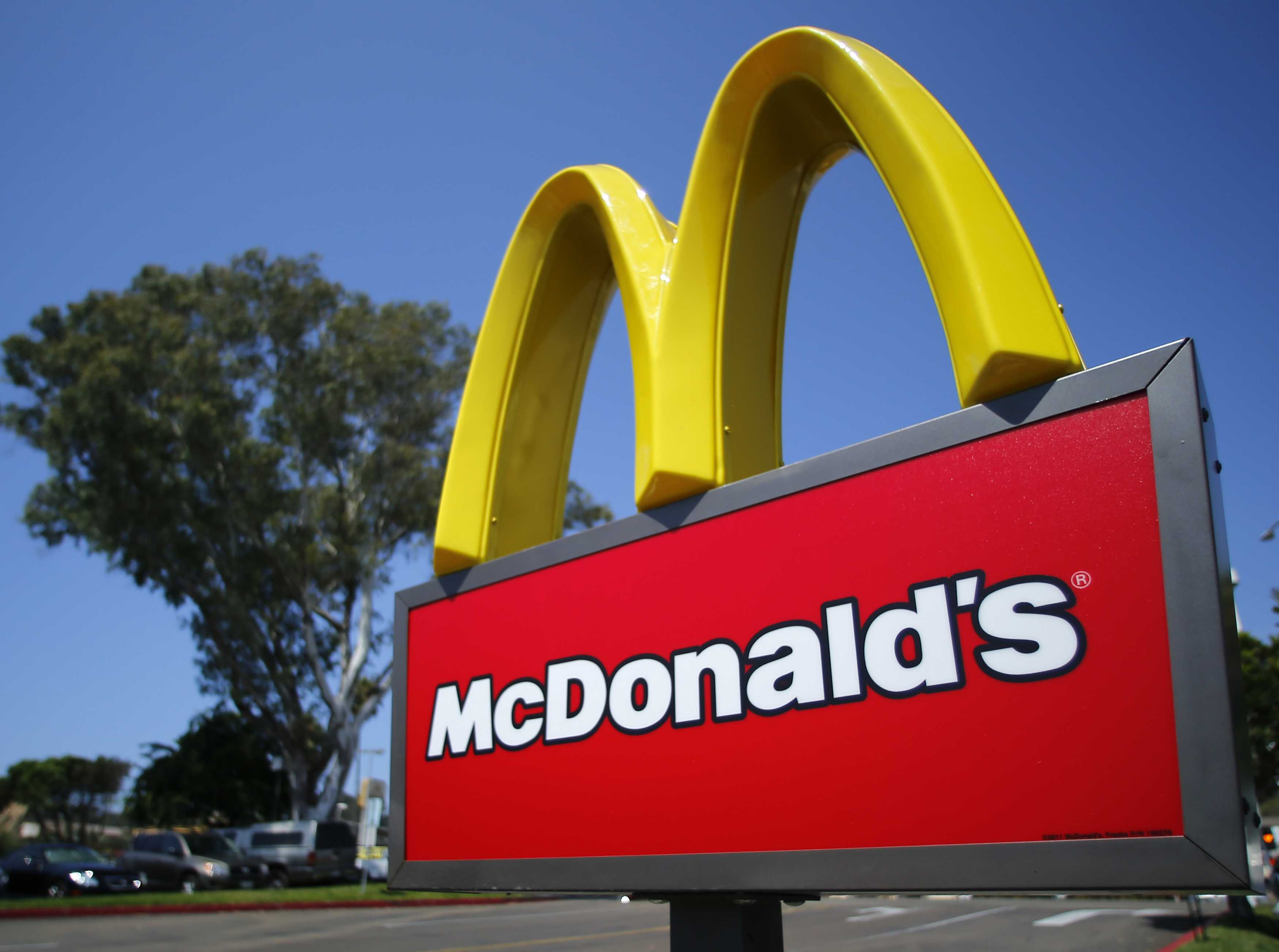 """I'm Lovin' It"": Fast-Food Logos 'Imprinted' in Children's ..."
