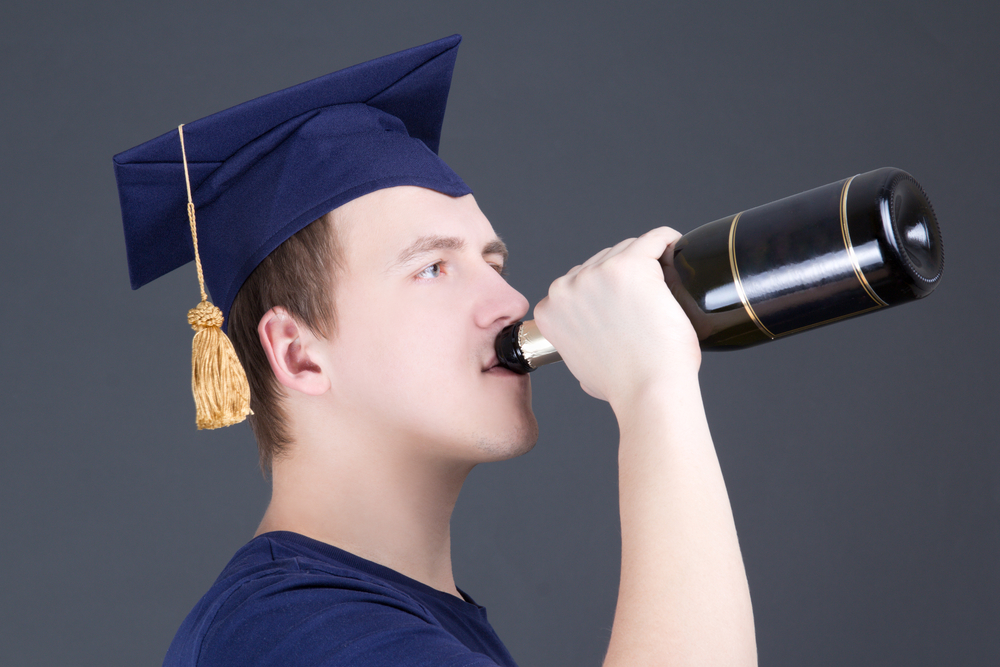 Alcohol In College: Campus Security More Likely To Warn