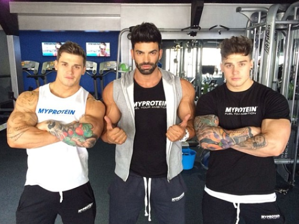 Fit For Life: Twin Brothers Lewis And Owen Harrison Follow ...