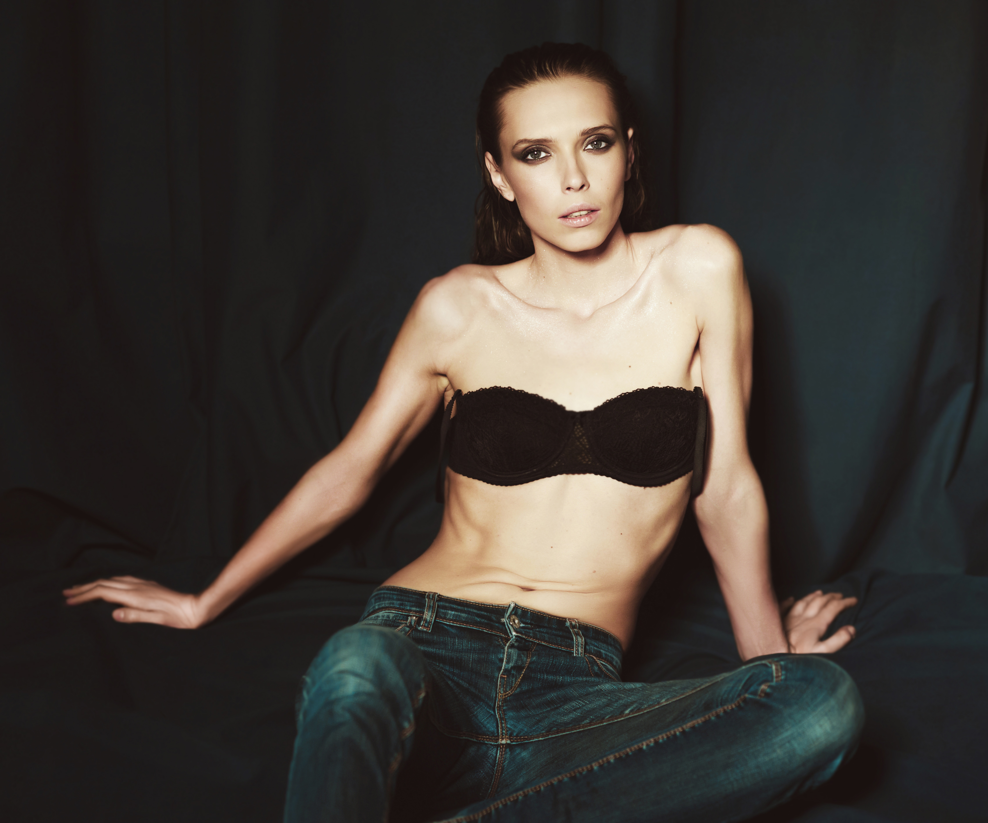 Anorexiaporncom  Shocking Anorexic Porn  Anorexia Girls