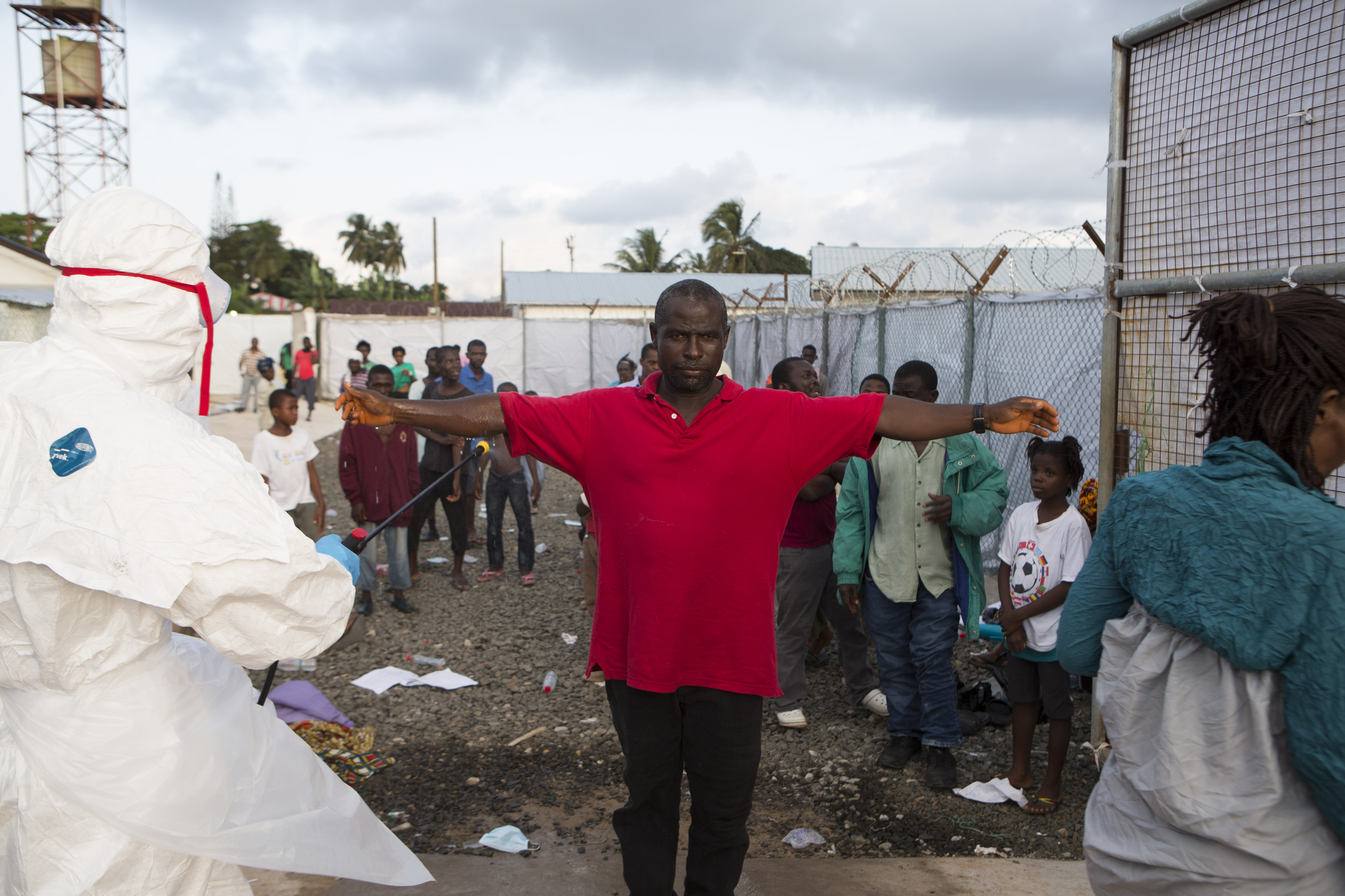 How Do You Get Ebola Virus? Ways You Can (And Can't ...