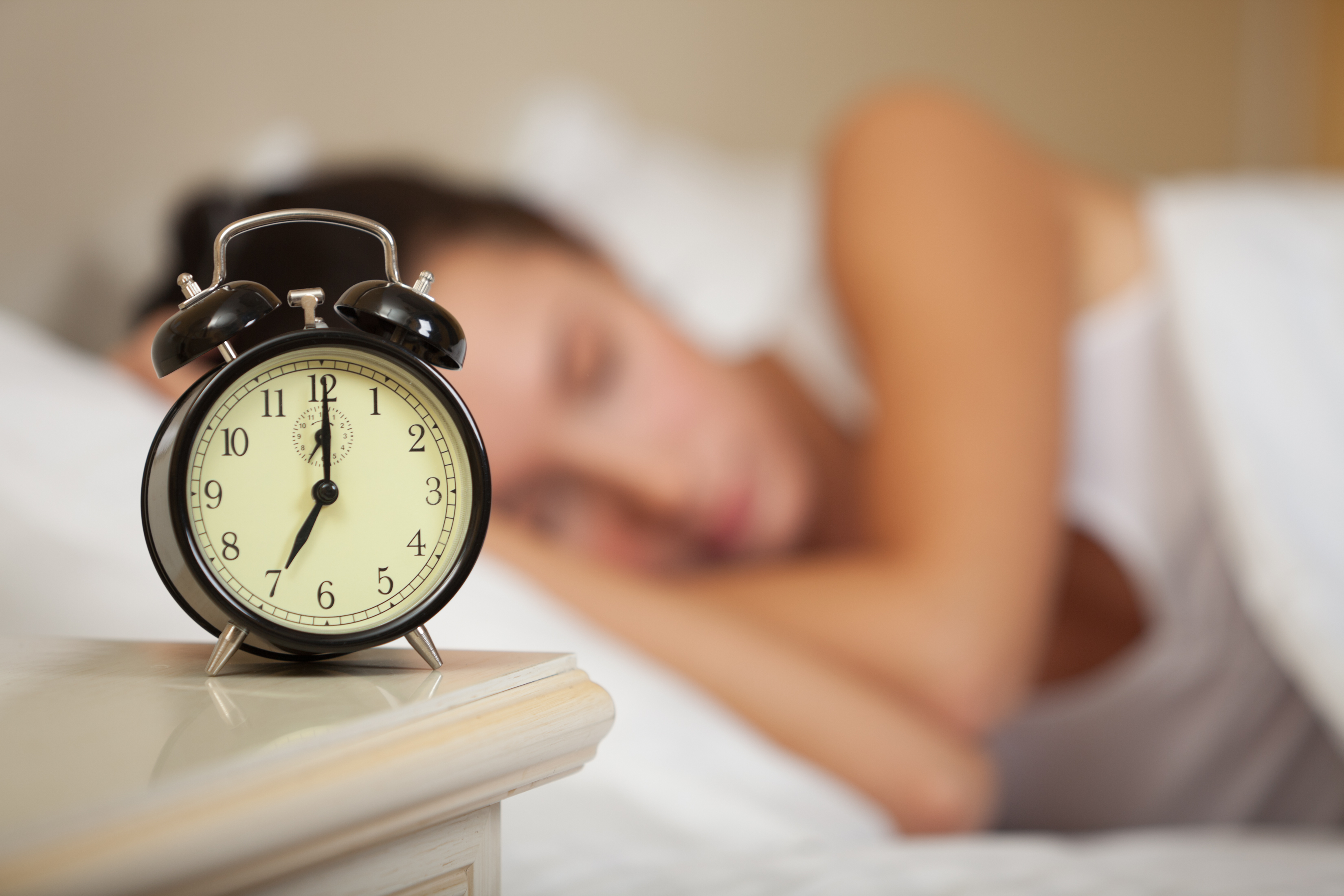 Early Bird Or A Night Owl? What Your Sleep Schedule May Say About ...