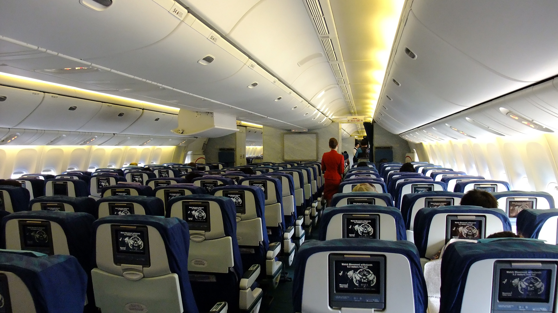 Airplane Travel Is Full Of Germs: Microbiologist Finds ...