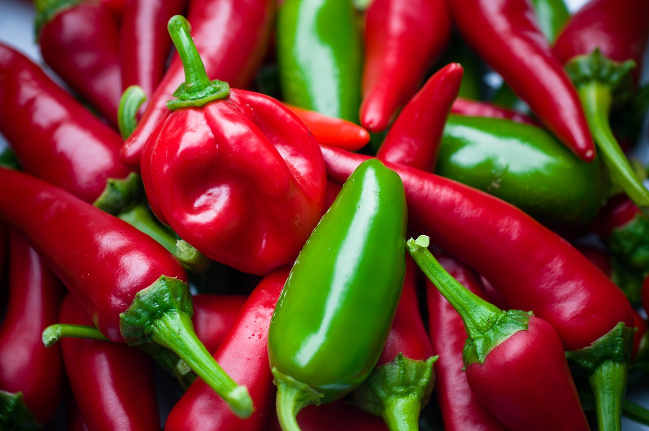 Spicy Food May Be The Key To Weight Loss — If You Can Handle It