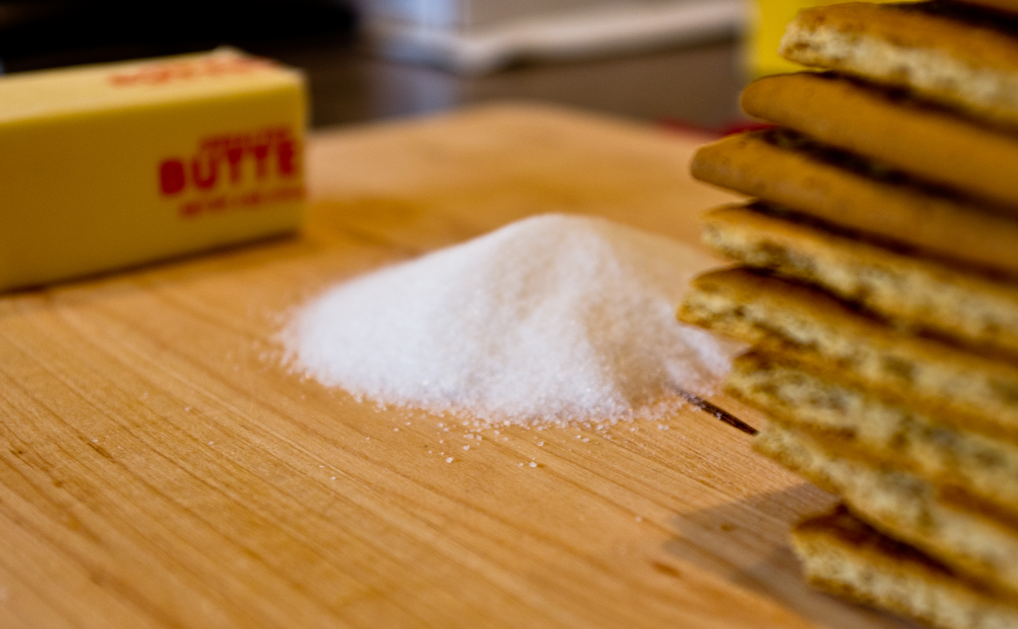 Refined Sugar vs. Saturated Fat: What's More Likely To Cause Coronary Heart  Disease?