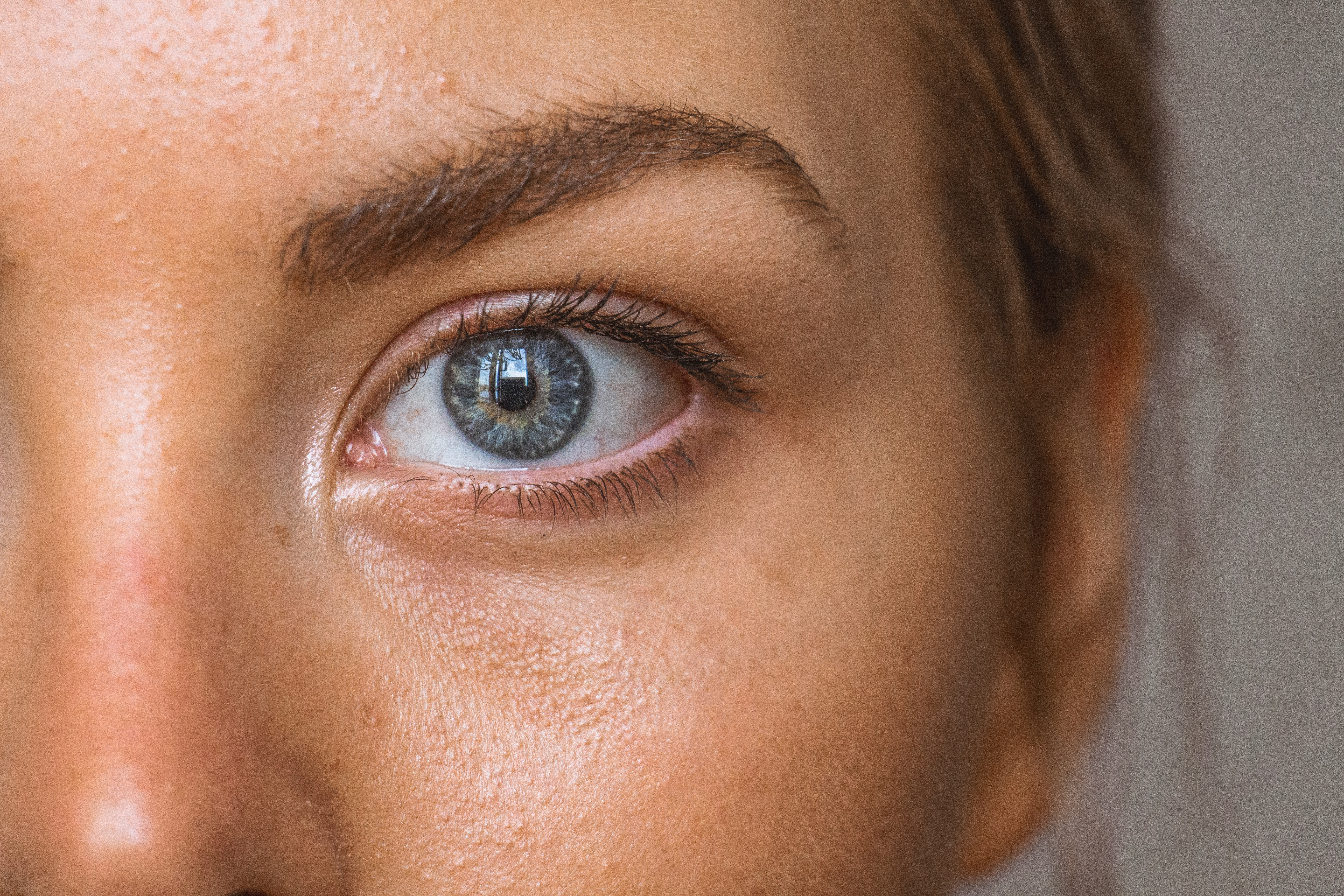 Eye Twitching Can Indicate Fatigue, Nutritional Deficiency