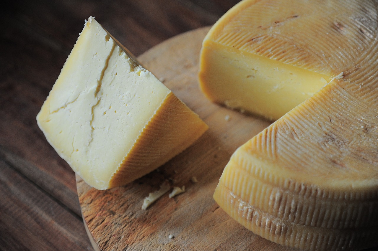 Eating Cheese Health Benefits And Possible Side Effects