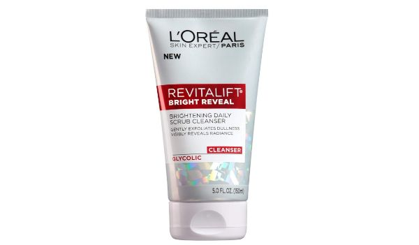 2. L'Oreal RevitaLift Bright Reveal Glycolic Cleanser