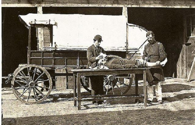 army medical wagon