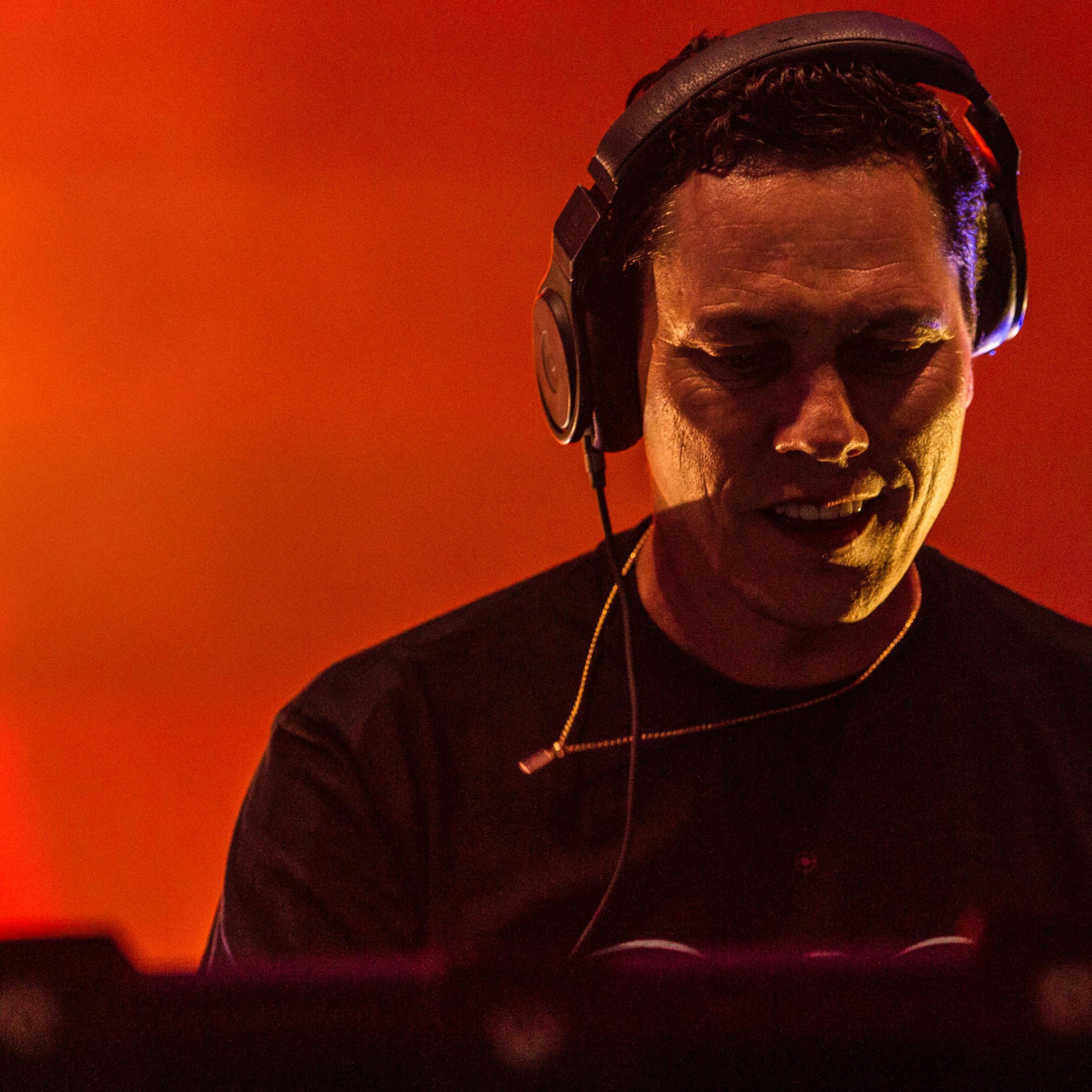 DJ Tiësto Says People Should Turn Their Workout Sessions