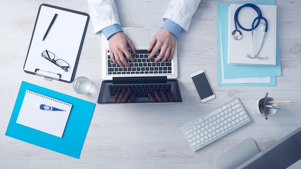 Some Essential Benefits of an Online Doctor Consultation