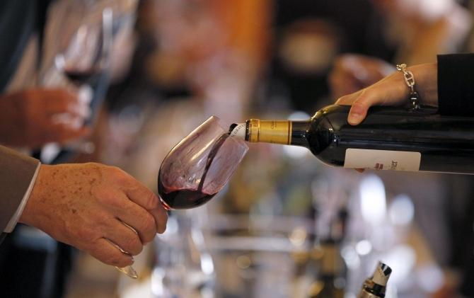 Benefits Of Red Wine Don't Apply To Overweight And Obese [STUDY]