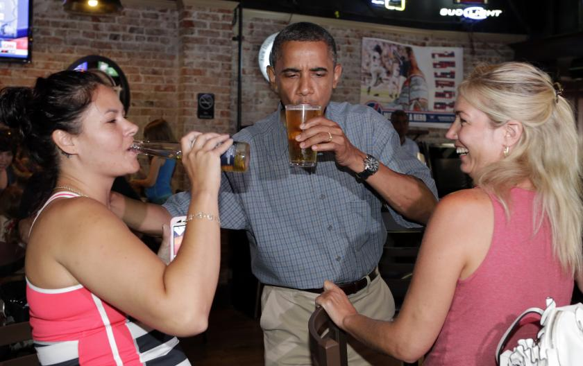Obama Drinking a Beer