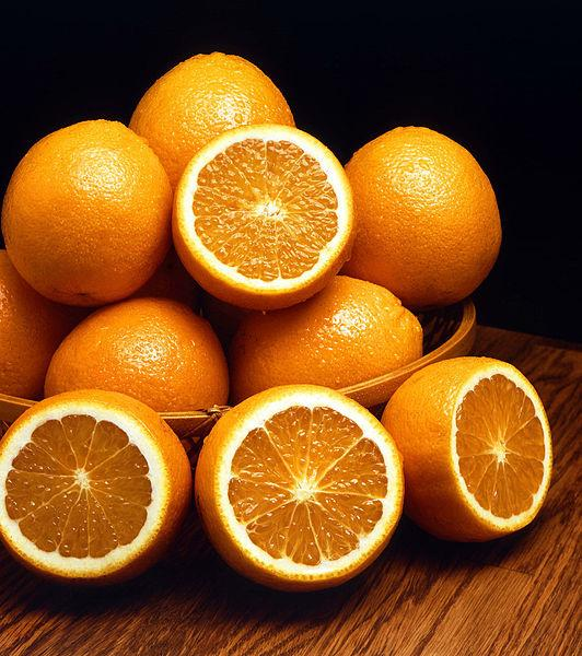Vitamin C Shown to Improve Baby's Health If Mother Smokes During Pregnancy