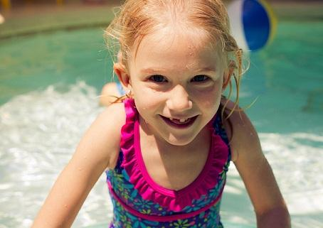 5 Public Swimming Pool Safety Tips To Protect Your Kids