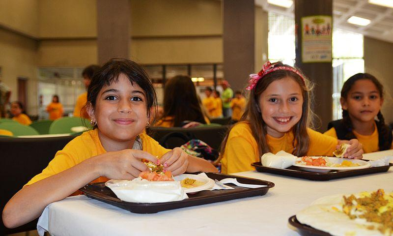 Eating 5 Meals A Day May Cure Teen Obesity