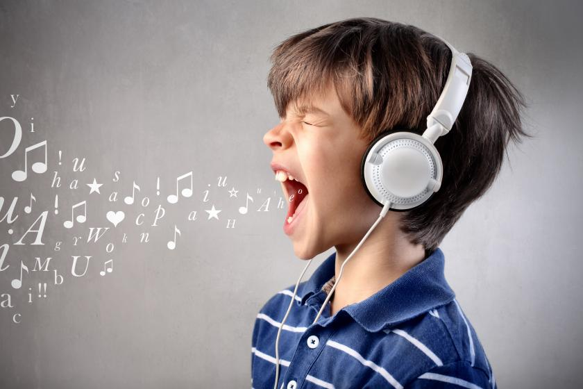 Music Therapy Helps Kids With Cancer