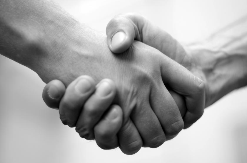Medical Scientists Look To 'Ban The Handshake' In Health Care Settings
