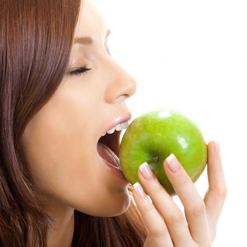 Women Who Eat An Apple A Day Report Better Sexual Experiences