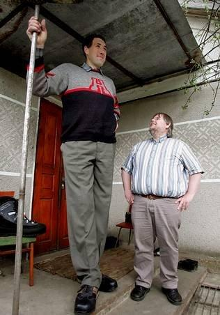Tallest Person In The World 2014 Tallest Man In The Wor...