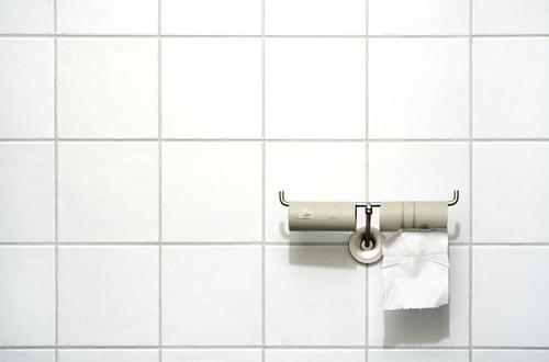 What To Avoid Touching In The Bathroom