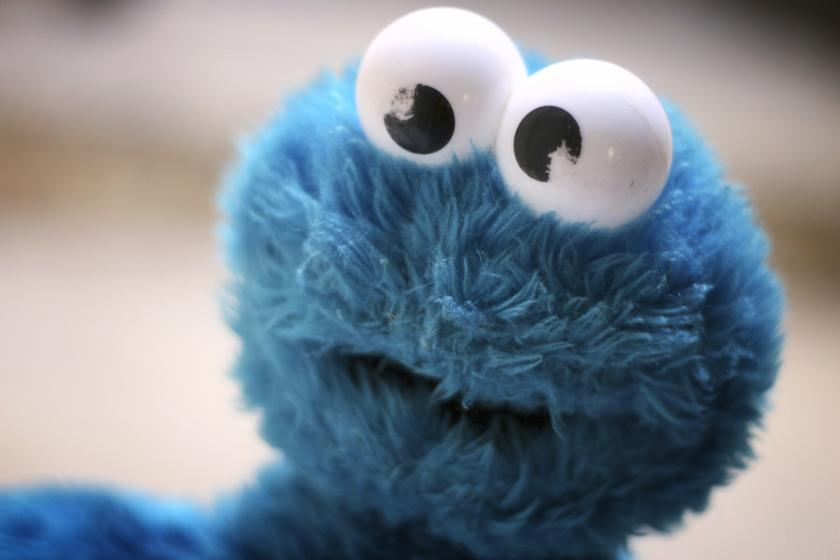 Cookie Monster Teaches Kids Self Control By Waiting To Give Into His