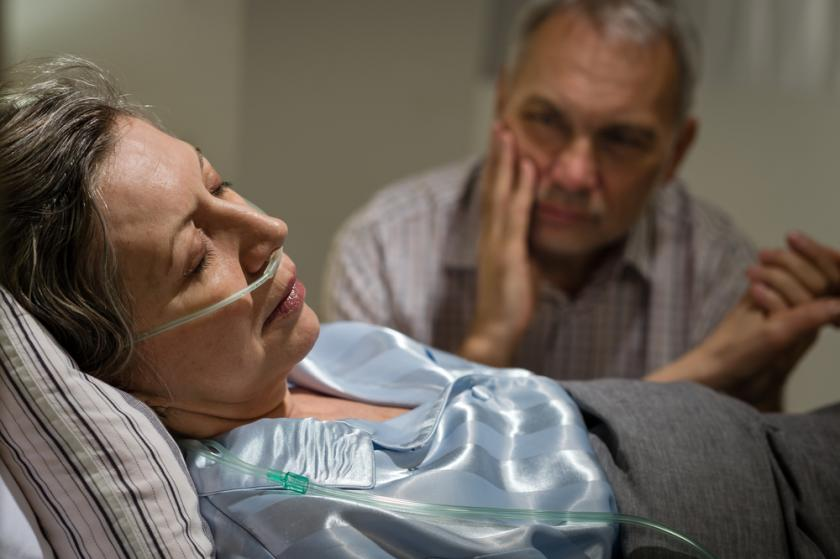 can coma patients hear you families should tell stories to loved