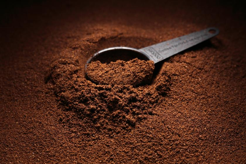 Leftover Coffee Grounds Can Be Used As Food Additives For ... on coffee bean, green tea, rock house on the grounds, green tea grounds, soft drink, instant coffee, black grounds, french press for grounds, espresso grounds,