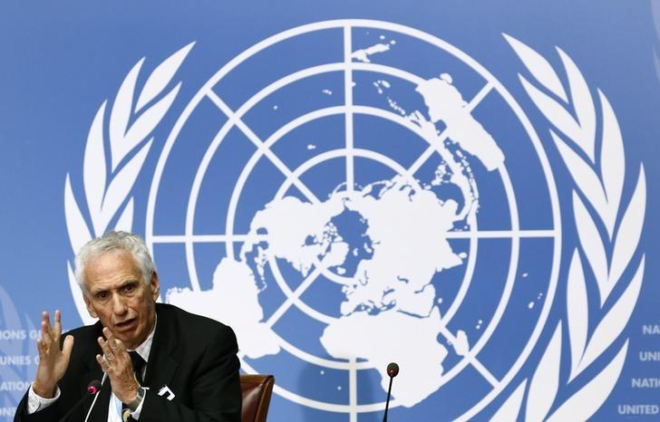 Jon S. Abramson speaks during a news conference at the UN.