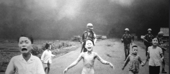 the girl in the picture the story of kim phuc the photograph and the vietnam war