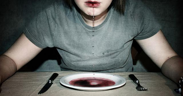 bullies and their victims are more likely to suffer from bulimia and