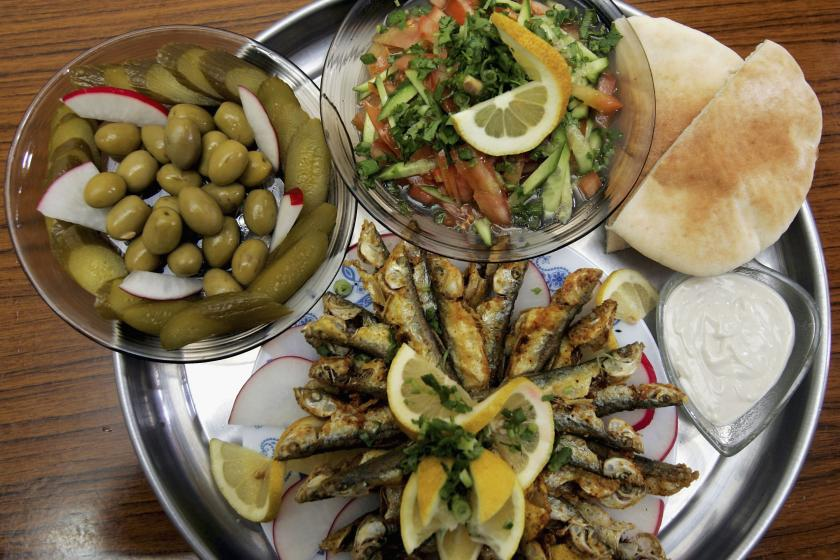 Mediterranean Diet Protects Heart Disease Sufferers From