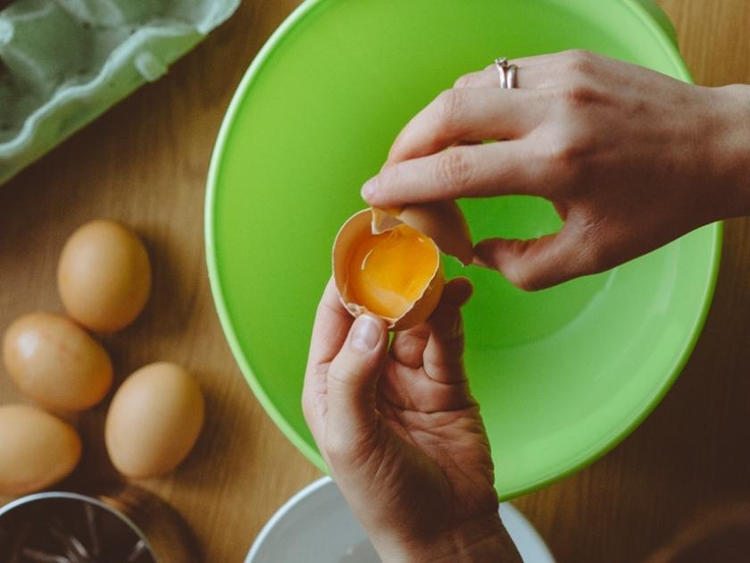 Can You Get Food Poisoning From Raw Eggs
