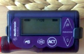Insulin_pump_Medtronic_Paradigm_754