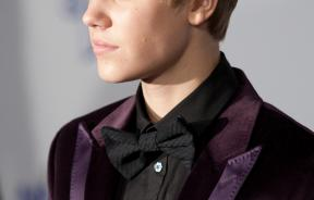 Dermatologists: Justin Bieber Hairstyle Protects Face From Harmful Sun
