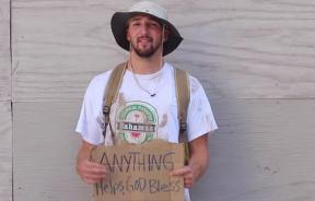 'Homeless' Man Does A Good Deed For Others With Giving Hearts