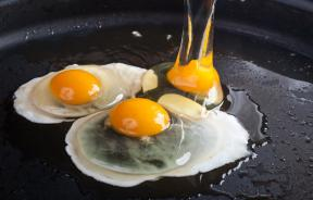 Fried eggs on skillet