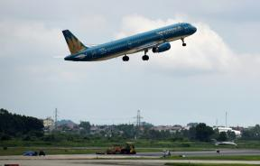 flying-high-vietnam-airlines-is-the-first-vietnamese