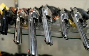 handguns-for-sale-at-coliseum-gun-traders-ltd