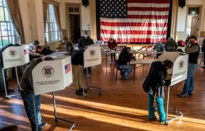 voters-cast-their-ballots-in-hillsboro-virginia-on